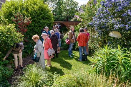 NGS Visitors in sun copy